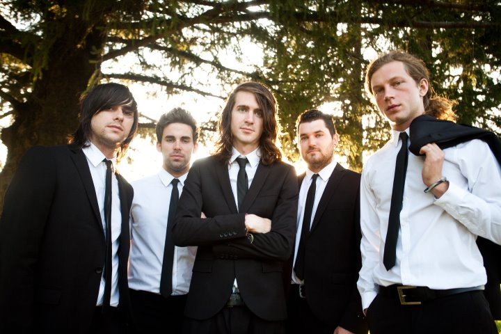 "Mayday Parade Stream   Mayday Parade Ft. Vic Fuentes Covering ""Somebody That I Used To Know"""