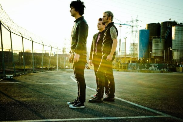 Green Day Green Day Cancel 2012 Dates, Postpone 2013 Tour And Move Up Release Of '¡Tre!
