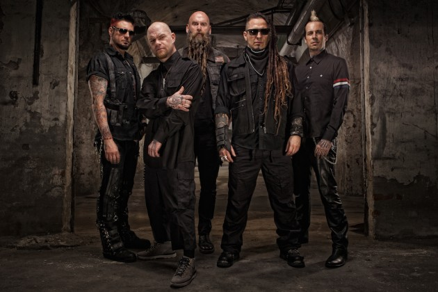 five finger death punch shinedown to co headline tour with sixx a m as lions. Black Bedroom Furniture Sets. Home Design Ideas